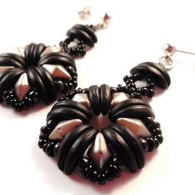 How To Use Crescent Beads: 10 Beading Patterns