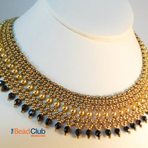 The Regal Collar beading pattern allows you to create an elegant necklace with Netting Stitch that looks like it was made for royalty!