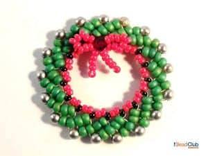 Christmas Wreath Ornament - The Bead Club Lounge