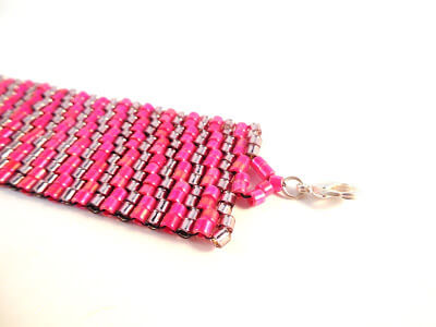 Two-drop Peyote Stitch Bracelet